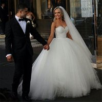 sevgilim boncuk kristal dantel toptan satış-Boncuk Kristal Sevgiliye Dantel Gelinlik 2018 Crost Lace Up Balo Gelin Elbiseler Beyaz Fildişi Düğün Gelin Elbise Özel 11.11