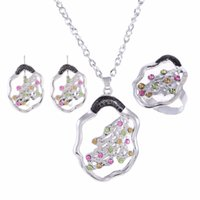 sistemas de la joyería de cristal de la boda al por mayor-Brilliant Silver Plated Jewelry Set Cristal austriaco Collar de moda Pendientes Anillo Set Joyería Mejor regalo de boda de la muchacha