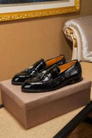 snakeskin kleid schuhe männer großhandel-Herrenmode aus echtem Leder Schuhe Schlangenleder Oxfords Marke Designer Quasten schlürfen Wohnungen Schuhe Zapatos Hombre Größe 38-44