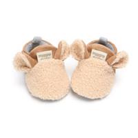 ingrosso pattini molli del panno morbido-Cute Baby Sheep Style Baby Walker Fleece Warm Cotton Shoes Soft Bottom Antiscivolo Neonato Neonato 0-18M