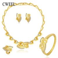 sistemas de la joyería de cristal de la boda al por mayor-CWEEL Sistemas de la joyería de moda de las mujeres perlas africanas conjunto de la joyería de cristal de imitación de la boda conjunto de joyas para novias Dubai Sets