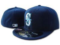 chapeaux de marines achat en gros de-Mode Hip Hop Classique Bleu Marine Couleur Sur Le Terrain Marine Pas Cher Grande Taille Fermé Casquettes De Baseball Équipe Sportive Logo Broderie Bonnets Ajustés