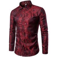diseños de prendas de vestir al por mayor-Patrón de bordado de los hombres Camisas de manga larga Diseño retro delgado informal Camisa de los hombres Ropa de moda Prom Party Club incluso camisas