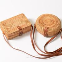 ingrosso stile asiatico art-Vendita calda Moda tempesta Borsa fibbia in pelle intrecciata a mano stile sud-est asiatico tradizionale stile rattan articoli intrecciati donne Cross Body Bags