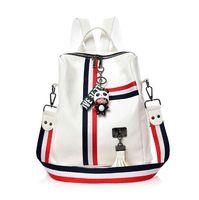 llavero de cocodrilo al por mayor-MENGXILU Cute Keychain Mochilas para niñas Fashion Tassel Women Backpack Mujeres coloridas Daypack SchoolBag Bolsas de hombro de cuero