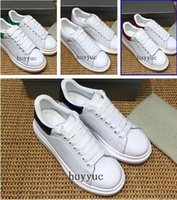 Wholesale mens european casual shoes for sale - 2018 Luxury Designer Casual Shoes Cheap Best High Quality Mens Womens Fashion Sneakers Wedding Shoes All Colors European Fashion Style