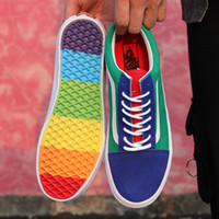 Wholesale new designed shoes - New design Vans old skool Rainbow canvas Casual Running Sneakers Best Quality colorful soles men women Skateboarding Shoes US 4.5-10.5