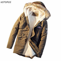 ingrosso mens khaki inverno parka-Winter Parka Men Jacket Fur Hood 2017 Winter Giacche Oversize 5xl Mens Parka Homme Navy Green Khaki Yellow Uomo Puffer