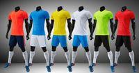 leere team-uniformen großhandel-2018 2019 Adult Kit Personalisiert Ihr Team Logo Blank Soccer Jerseys Set Uniform Camisetas de Futbol mit Fußball Shorts