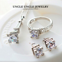 Wholesale eiffel earrings - The Eiffel Tower of Paris Design White Gold Color Clear Zirconia Inlay Fashion Jewelry Set Necklace Earring Ring Wholesale Romantic Gift