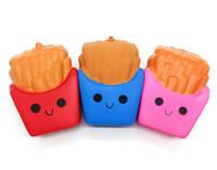 pommes frites telefon großhandel-30pcs-11cm seltene squishy PU-bunte Pommes-Frites, langsam steigende Handy-Bügel-Charme-preiswerter Großverkauf FREIES SHIPPNG