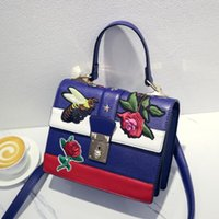 Wholesale Best New Cell Phones - 2017 High Quality Women Handbags Famous Popular Bags New Design ,Bamboo Handle Snake Head Crossbody Bags Best Gifts 3 styles Free Shipping