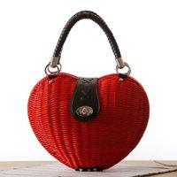 weiße handgefertigte taschen großhandel-Neue 2018 japanische Art-Herz-Rattan-handgemachte Beutel-Art- und Weisestrohbeutel-Qualitäts-spinnende Handtaschen-Mädchen-weißer roter Strand