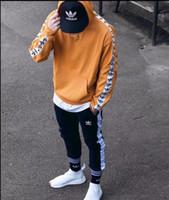 hoodies da forma alta dos homens venda por atacado-Designers de moda Luxurys mens marca hoodies homens com capuz de alta qualidade esporte casual de Manga Comprida HOMENS MULHERES Hoodie tops