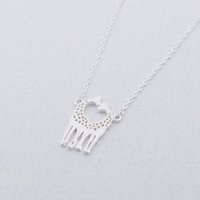 pendentifs de navire ami achat en gros de-Deux belles girafes pendentif collier Mix Couleur de la chaîne bijoux meilleur cadeau pour l'amour filles amis enfants livraison gratuite en gros