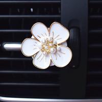 Wholesale Diamond Mounts - creative decorative water drill, diamond - mounted female car pidai
