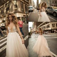 3d wedding dress designer großhandel-Erstaunliche Designer Berta Bridal Top Durchschauen 3D Floral Plugging Sexy Brautkleider Open Back Garden Günstige Country Gothic Robe de