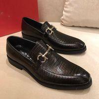 мужские модели платья оптовых-Человек мокасины люксовый бренд мужчины платье обувь бизнес свадебная обувь Мода дизайнер обувь размер 38-44 модель 238117825