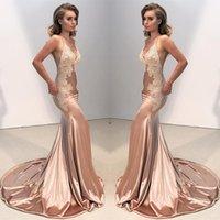 vestido de baile sexy backless sexy venda por atacado-Sexy V Neck Backless Lace Vestido de Formatura Prom 2018 Sereia Cintas de Espaguete Árabe Longos Vestidos de Noite Apliques