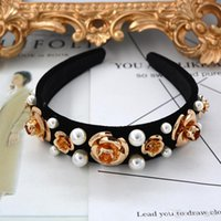 aretes de diamantes de imitación al por mayor-Barroco Retro Luxury Crown Hairbands Moda Flores de oro Big Pearl Hair Hoop Rhinestone de lujo Moda Accesorios para el cabello Joyería