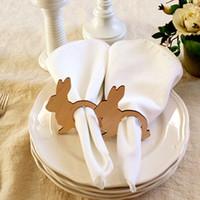 ingrosso tovaglioli di pasqua-12pcs portatovaglioli coniglietto di Pasqua anelli portatovaglioli di Pasqua in legno decorazioni per la tavola di primavera