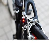 luces de advertencia portátiles al por mayor-Plegable Bicicleta Trompeta Luz de freno Bicicleta Disc Luces de freno Bicicletas de montaña Advertencia de seguridad Adecuado Led Partes traseras Portátiles 2 1ml jj