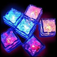 buz küpü dekorasyon led toptan satış-Parti Dekorasyon Flash Ice Cube Su Aktif Flash Led Işık Su İçecek koyun Parti Düğün Barlar otomatik olarak Flaş