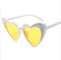 diamantes em forma de coração diamantes venda por atacado-2018 Forma De Coração De Diamante Crianças Óculos De Sol Retro Designer Bling Bonito 90 s Lolita Menina Crianças Óculos De Sol Tons