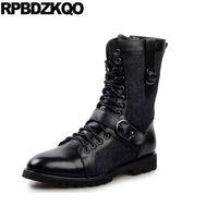bota de pele de rebite preta venda por atacado-Masculino Punk Faux Fur Rock Estilo Britânico Sapatos Masculinos Runway Metálico Retro Mid Bezerro Preto Rebite Botas de Motocicleta Do Vintage Chunky