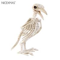 ingrosso uccelli natale-Anno nuovo Osso pazzo Scheletro Corvo 100% plastica Scheletro animale Ossa Orrore Natale Prop Uccello Corvo Decorazione scheletro