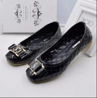 ingrosso ciabatte in cotone nero con strass-2017 scarpe da donna moda Bead sandali estivi cross-band nero infradito per le donne 39 s perline strass strass sandali wedding tacchi