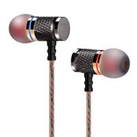 calidad profesional de auriculares al por mayor-Auriculares universales Auriculares profesionales en la oreja Metal súper bajo Calidad de sonido Música Auriculares HiFi Cancelación de ruido Auriculares deportivos
