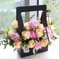 ingrosso imballaggio del cestino-23.5x12x34.5cm Contenitore di fiori portatile Confezione di fiori cesto di fiori Pieghevole scatola di carta Forniture per fioristi