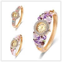 ingrosso orologi in pietra d'argento-Orologi di diamanti placcati argento Orologi di pietra Swarovski di lusso Casting Bangle Band Ladies Watches per le donne 61166049