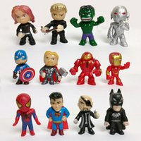modelos de batman al por mayor-12pcs / set New Avengers juguetes mini The Avengers Figures Batman Hulk Thor juguetes de acción modelo de superhéroe juguetes para niños