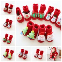ingrosso primi calzini da scarpe da bambino-Natale Cartoon antiscivolo calzini del bambino Scarpe bambini neonati Toddlers spessi morbidi scarpe di cachemire Primi camminatori calzini del pavimento Decorazione GGA1332