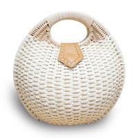 ingrosso borse vacanza-Round Shell Raan vimini intrecciato paglia intrecciato borsa da picnic borsa da spiaggia per le vacanze estive cesto da spiaggia