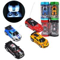 ingrosso coke mini racer cars-Mini-Racer Telecomando Auto Coke Can Mini RC Radio Telecomando Micro Racing 1:64 Auto 8803 giocattoli per bambini