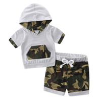 meninas camuflagem shorts venda por atacado-2018 roupas infantis set meninos roupas meninas roupas de camuflagem com capuz Splice Treino Tops + Shorts Calças roupas de verão para bebês