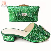 Wholesale new designs ladies wedding shoes online - New Fashion African shoe and bag set for party Italian Wedding shoe with matching bag lady design matching shoe and bag Low Heel