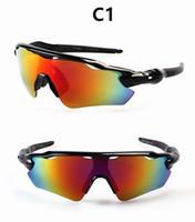 gafas de sol gratis al por mayor-Al por mayor-Nueva moda clásica de conducción al aire libre senderismo ciclismo Gafas de sol gafas de sol para mujeres y hombres Cool Design Glasses envío gratis
