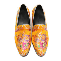 заостренные платья оптовых-Summer Bussiness Loafers Slip-on Carving Flowers  England Dress Shoes Man Wedding Pointed Toe Solid Trend Men Leather Shoes