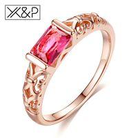 rosa roja única al por mayor-XP marca Unique Fashion Retro compromiso anillos de cristal rojo para mujeres Rose Gold Silver Tone Ring joyería regalo