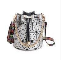 yüksek kaliteli çanta satışı toptan satış-Sıcak Satış Marka Kadınlar Kadın Çantası Yüksek kaliteli Geometrik Çanta Ekose Zincir Omuz Crossbody çanta Lazer BaoBao Elmas Çanta