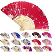 klasik katlanır fanlar toptan satış-15 stilleri Vintage Bambu Fantezi Katlama Fan El Çiçek Çin Dans Partisi düğün dekorasyon hediye hayranları FFA373 100 adet