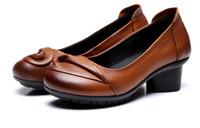 komfort hochzeit schuhe frauen großhandel-Beliebteste 2018 Neue Frühling Herbst Handgemachte Blumen Echtes Leder Schuhe Frauen High Heels Weichen Komfort Hochzeit Schuhe Frau Mode Schuhe