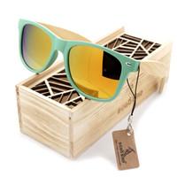 ingrosso uccelli fatti a mano-BOBO BIRD Fashion Wooden Bamboo Uomo Occhiali da sole Donna Occhiali Plasti Occhiali da sole Occhiali da sole fatti a mano Logo personalizzato in scatola di legno