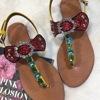 strass fuchsia achat en gros de-femmes 2019 tongs à talons bas plat dames sandales cristal strass femme été sandales de plage