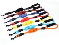 melhores trelas do cão venda por atacado-Dog coleiras trelas 10 cores pode escolher Moda Dog coleiras trelas Outdoor melhor ferramenta V 001
