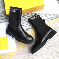 botas de combate de tacón bajo al por mayor-Moda calcetín de punto elástico Botas de tacón bajo carta Transpirable Elastic Slim Negro botas de trabajo botines para mujeres zapatos de combate